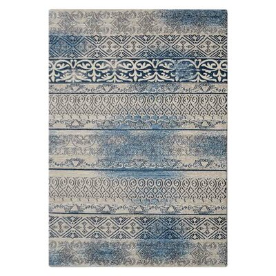 Chun Beige/Blue Area Rug Rug Size: 4 x 6