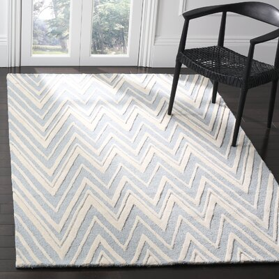 Martins Hand-Tufted Wool Blue/Ivory Indoor/Outdoor Area Rug Rug Size: Rectangle 5 x 8