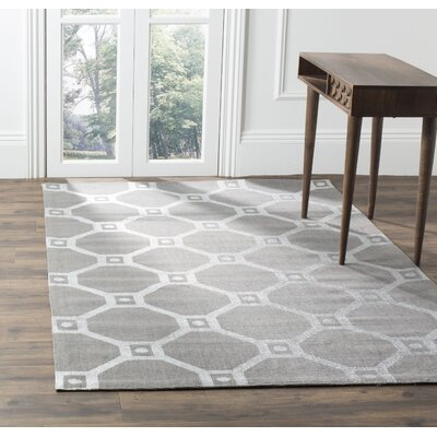 Columbus Circle Hand-Loomed Grey/Silver Area Rug Rug Size: 5 x 8