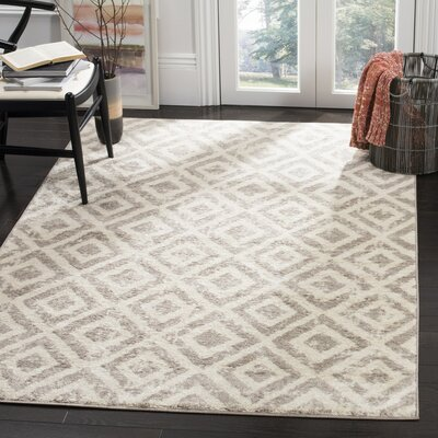 Amelius Ivory/Mauve Area Rug Rug Size: Rectangle 5'1