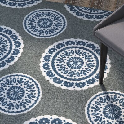 Shumake Medallion Circle Gray Area Rug Rug Size: 5 x 7