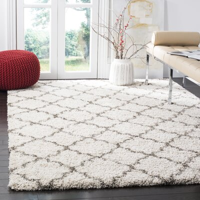 Elizabeth Street Ivory / Grey Area Rug Rug Size: Square 7