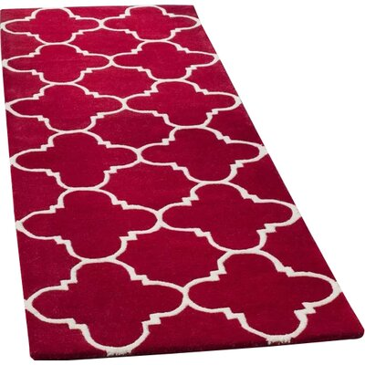 Wilkin Red & Ivory Area Rug Rug Size: Runner 23 x 7