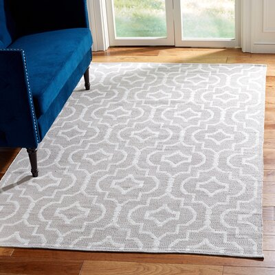 Rennie Hand-Woven Gray/Ivory Area Rug Rug Size: Rectangle 5 x 8