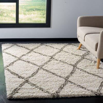 Elizabeth Street Ivory/Gray Area Rug Rug Size: Rectangle 51 x 76