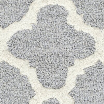 Martins Circle Silver & Ivory Area Rug Rug Size: Rectangle 26 x 4