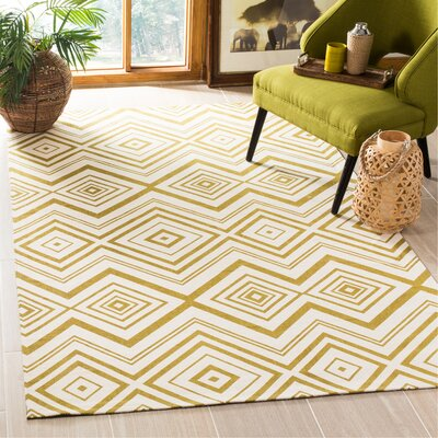Sonny Hand-Woven Cotton Ivory/Citron Area Rug Rug Size: Rectangle 4 x 6