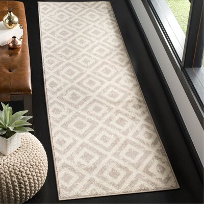 Amelius Ivory/Mauve Area Rug Rug Size: Runner 23 x 8