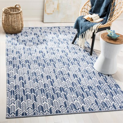 Paz Hand-Woven Navy/Ivory Area Rug Rug Size: Rectangle 5 x 8