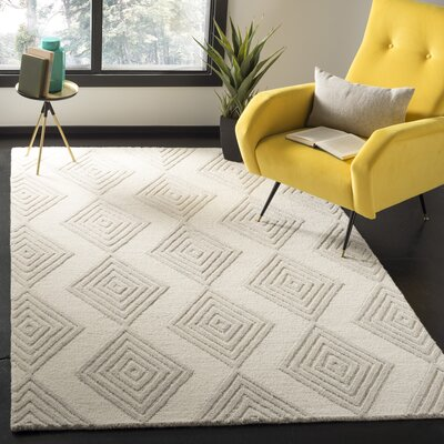 Pizano Hand-Woven Wool Ivory/Silver Area Rug Rug Size: Rectangular 5 x 8