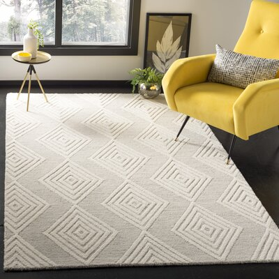 Pizano Hand-Woven Wool Cream/Silver Area Rug Rug Size: Rectangular 5 x 8