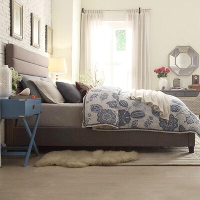 Huebert Upholstered Platform Bed Size: King