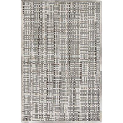 Woollard Hand-Woven Gray Area Rug Rug Size: 5 x 8