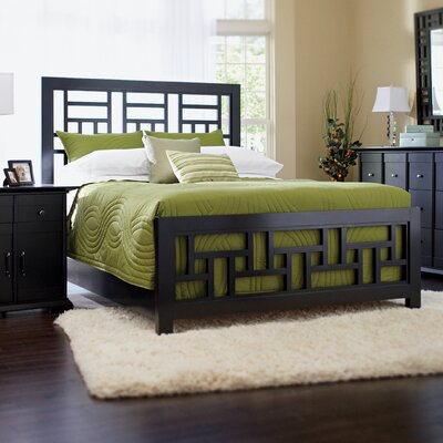 Ramiro Panel Bed