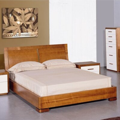 Carrabelle Platform Bed Size: Full, Finish: Teak