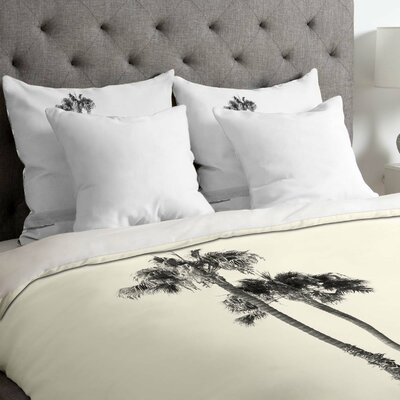 Carrier Two Palms Lightweight Duvet Cover Size: Queen