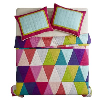 Essex Street Quilt Set Size: Queen