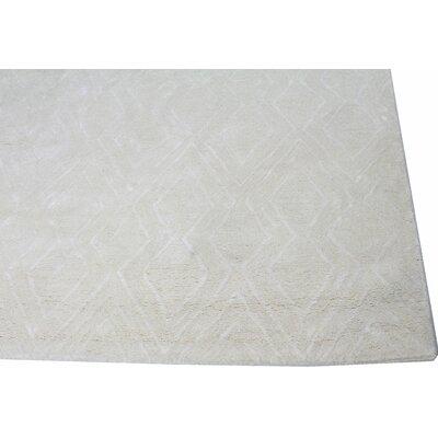 Lucus Hand-Tufted Snow Area Rug Rug Size: 5 x 76