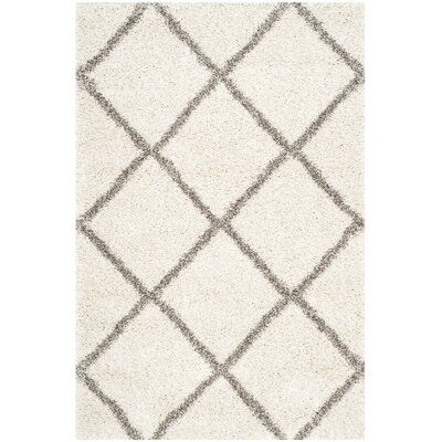 Lucina Ivory / Gray Area Rug Rug Size: 4 x 6