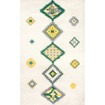 Alexios Hand-Tufted Beige/Green Area Rug Rug Size: Rectangle 76 x 96