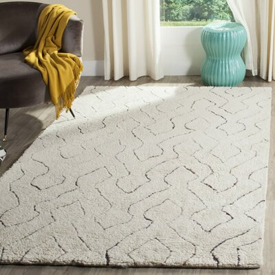 Elderton Ivory Area Rug Rug Size: Rectangle 3 x 5