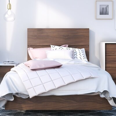 Etruscan Twin Platform Bed Size: Twin