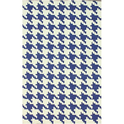 Oneil Regal Blue Houndstooth Area Rug Rug Size: 76 x 96