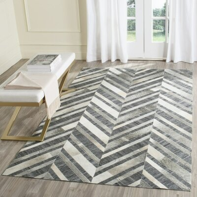 Sevastopol Hand-Woven Ivory/Dark Gray Area Rug Rug Size: Rectangle 5 x 8