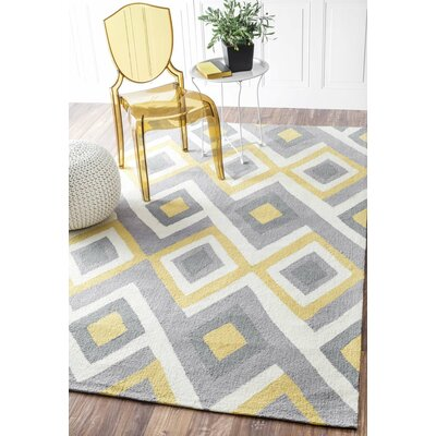 Sorrento Hand-Hooked Gray/Yellow Area Rug Rug Size: 4 x 6