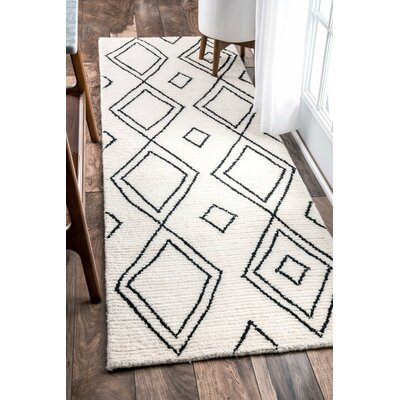 Musselman Hand-Tufted Natural Area Rug Rug Size: Runner 26 x 8