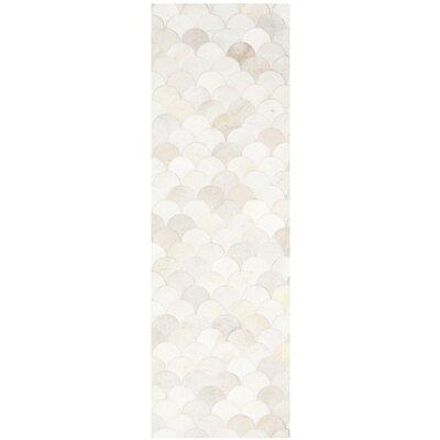 Bremner Hand-Wooven Beige/Gray Area Rug Rug Size: Runner 23 x 7
