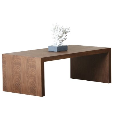 Volpe Coffee Table Size: Medium