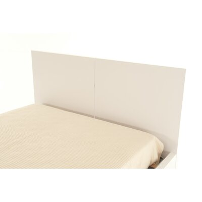 Horologium Platform Bed Size: King, Color: Pure White