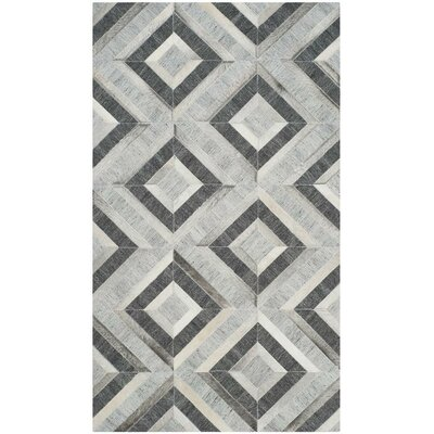 Sevastopol Hand-Woven Ivory/Dark Gray Area Rug Rug Size: Rectangle 4 x 6