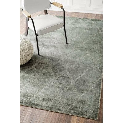 Ogletree Hand-Woven Gray Area Rug Rug Size: 5 x 8