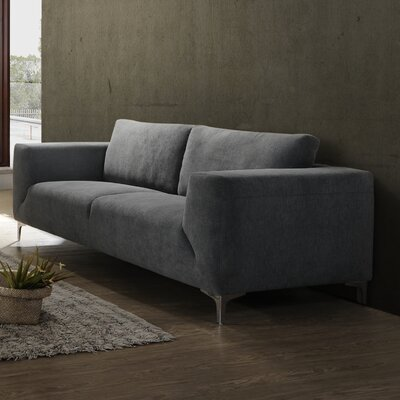 Ivyland Sofa