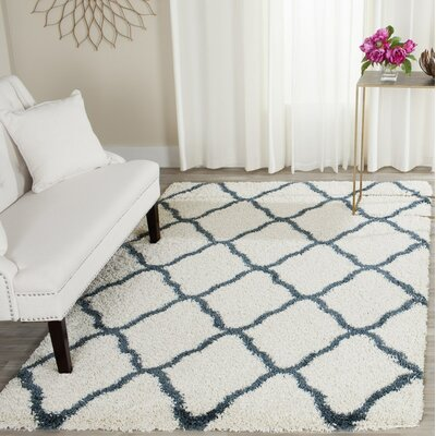 Melvin Beige/Blue Area Rug Rug Size: Rectangle 4 X 6