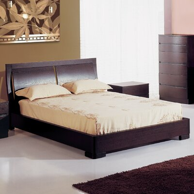 Carrabelle Platform Bed Size: Queen, Color: Espresso