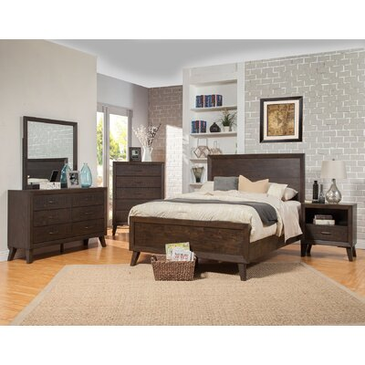 Amelia Panel Bed Size: King