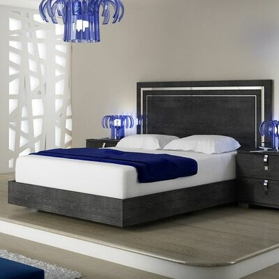 Salerno California king Platform Bed