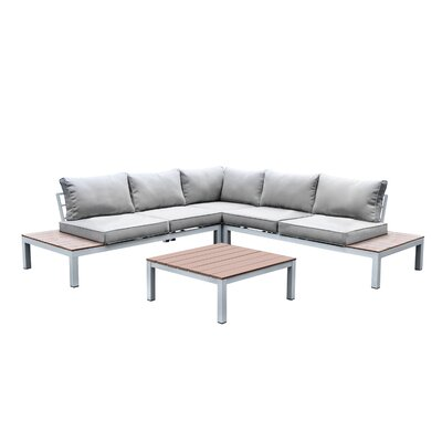 Nailwell Seating Group with Cushion