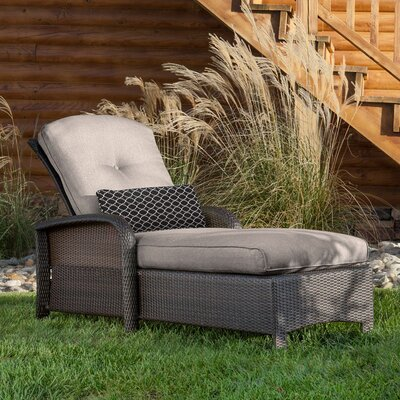 Billington Chaise Lounge with Cushion Fabric: Silver Lining