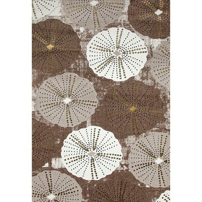 Dabbs Beige/Gold Indoor/Outdoor Area Rug Rug Size: 5 x 7