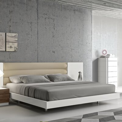 Cretys  Platform Bed Size: King