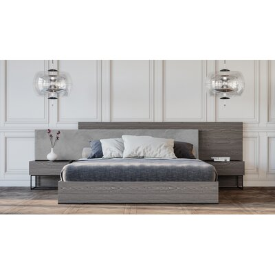 Daughtery Fabric Upholstered Platform Bed Size: Queen