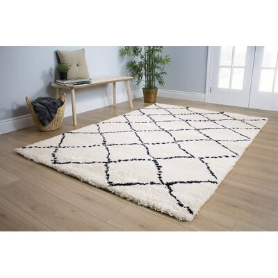 Delgadillo White/Black Area Rug Rug Size: 710 x 1010