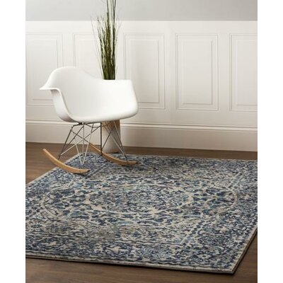 Rosie Transitional Medallion Distressed Gray/Blue Area Rug
