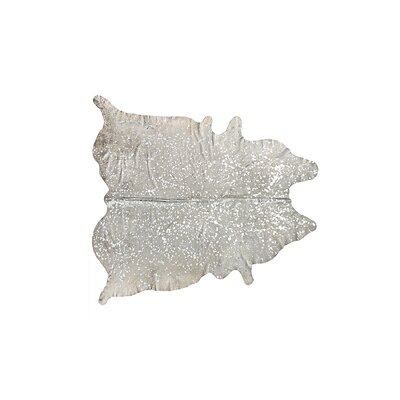 Houchin Cowhide Natural/Silver Area Rug