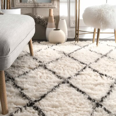 Dunford Hand-woven Beige Area Rug Rug Size: Rectangle 8 x 10