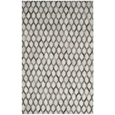 Sevastopol Hand-Woven Ivory/Gray Area Rug Rug Size: Rectangle 5 x 8